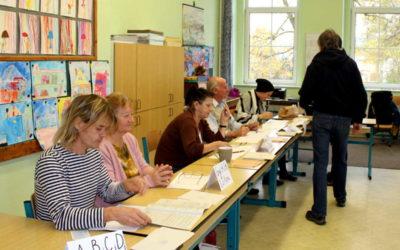 Volební účast se blíží k 50 procentům, zkolabovala členka komise