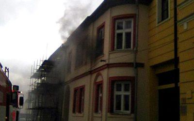 V Horním Benešově se vznítila chladnička, požár způsobil škodu 300 tisíc korun