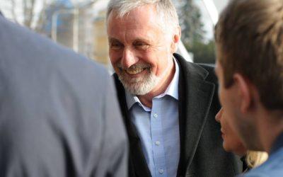 Silný prezident spojuje, slabý rozděluje, upozornil kandidát Mirek Topolánek