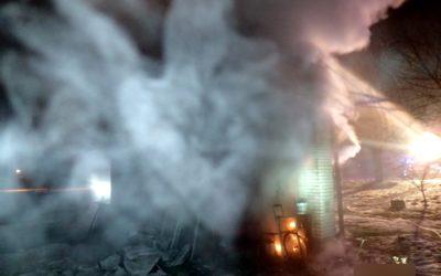 V Malé Morávce vzplanulo zařízení u budovy restaurace, zjišťuje se příčina požáru!