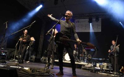 FOTO: Hudební skupina Čechomor rozparádila několikatisícové publikum