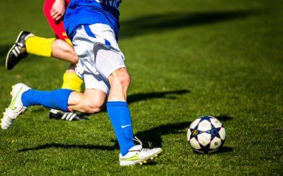 Kvalitu trávníku fotbalového hřiště v Krnově zlepší nový systém závlahy