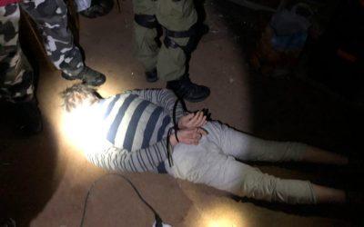 Kriminalisté dopadli hledaného cizince, který pěstoval na Albrechticku marihuanu