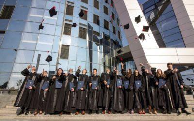 České vysoké školství si postupně zvyká na novou formu profesních akreditací