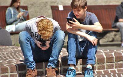 Bezplatné hry z lidí tahají peníze a mohou způsobit závislost