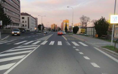 Policie hledá svědky vážné dopravní nehody v Bruntále