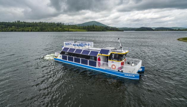 Turisté se budou moci projet po Slezské Hartě na elektrolodi