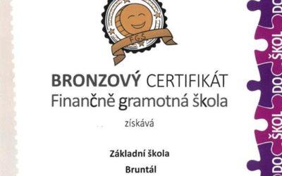 Bruntálská škola získala bronzový certifikát Finančně gramotná škola