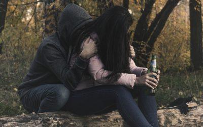 Nepít je normální, nová kampaň upozorňuje na rizika konzumace alkoholu