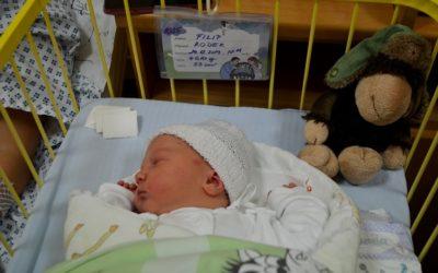 Na Štědrý den se v Krnovské porodnici narodila holčička a v Opavské tři chlapci