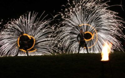 Vrbno pod Pradědem rozzářil vánoční strom a ohňová show