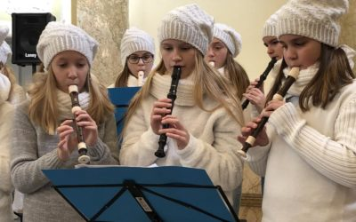 Děti z flétnového souboru Notička vystoupily na bruntálském zámku