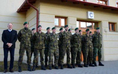 Pětadvacet vojáků darovalo krev ve Slezské nemocnici