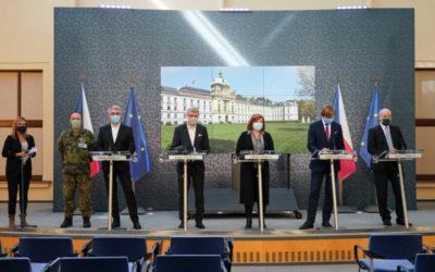 Vláda rozhodla o prodloužení zákazu pohybu lidí po ČR až do 11. dubna
