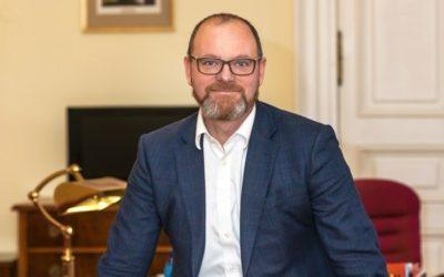 Ministr školství Robert Plaga ke Dni učitelů: Zvládnout to můžeme jen společně!
