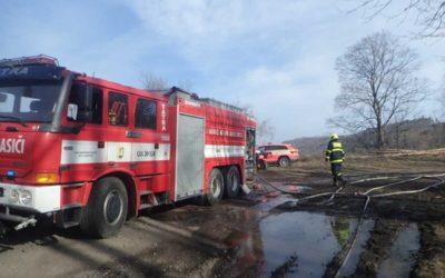 Za požár 20 hektarů lesa na Bruntálsku může spadlý drát