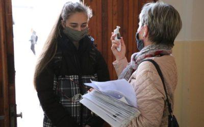 I v Krnově se deváťáci vrátili do škol
