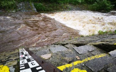 Černá Opava ve Vrbně dosáhla v sobotu druhého stupně povodňové aktivity