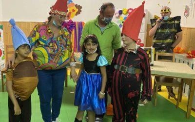 Děti v dětském domově ve Vrbně pod Pradědem si užily Veselý rej masek