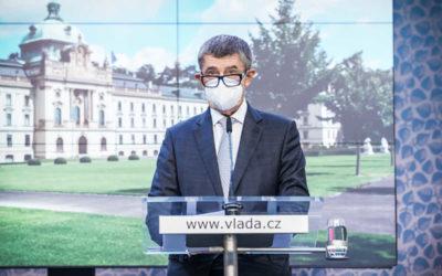 Vláda navrhne bezúplatné dobrovolné očkování proti covid-19 pro všechny české pojištěnce