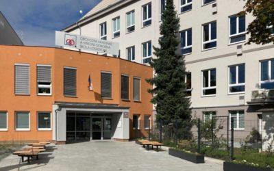 Opavská obchodní akademie slaví 100 let od svého vzniku