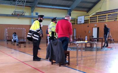 Zastupitel Města Albrechtic si nechtěl nasadit roušku, na místě zasahovala policie
