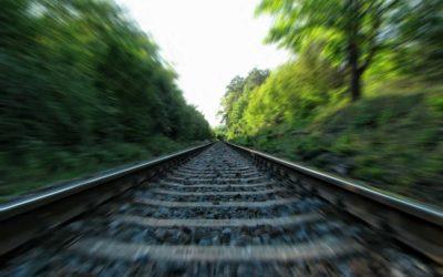 Smrt na železnici! Mezi Krnovem a Opavou si žena lehla na koleje, smetl ji rychlík