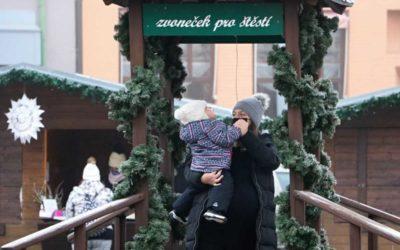 V Krnově začaly adventní trhy