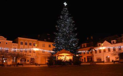 Bruntálský vánoční strom je symbolem úcty k rodině