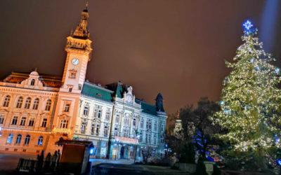 Krnov zdobí vánoční strom a betlém