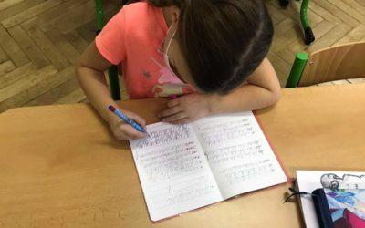 Ministerstvo školství doporučilo školám pro pololetní vysvědčení slovní hodnocení