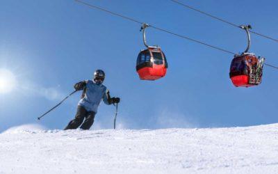 Vláda schválila pomoc provozovatelům lyžařských středisek, studenti nemusí danit odměny za práci během pracovní povinnosti