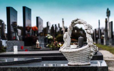 Zemřelí s onemocněním covid-19 mohou být pohřbeni do hrobu s jistými omezeními