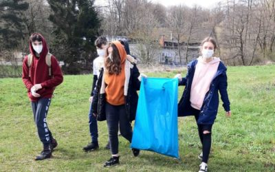 Den země na Osoblažsku: děti uklízely přírodu