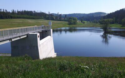 Dvouleté zkušební měření prokázalo, že suchá nádrž Jelení je bezpečné vodní dílo
