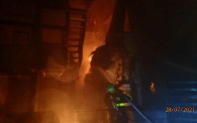 V Břidličné vzplanula výrobní linka a střecha haly, požár způsobil škodu přes 200 milionů!