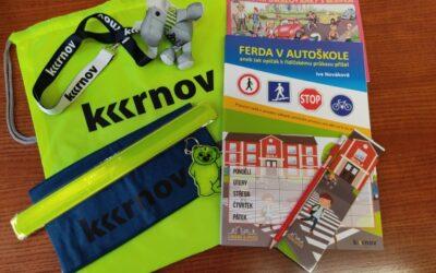 Krnov: Prvňáčci dostanou nejen reflexní batůžek